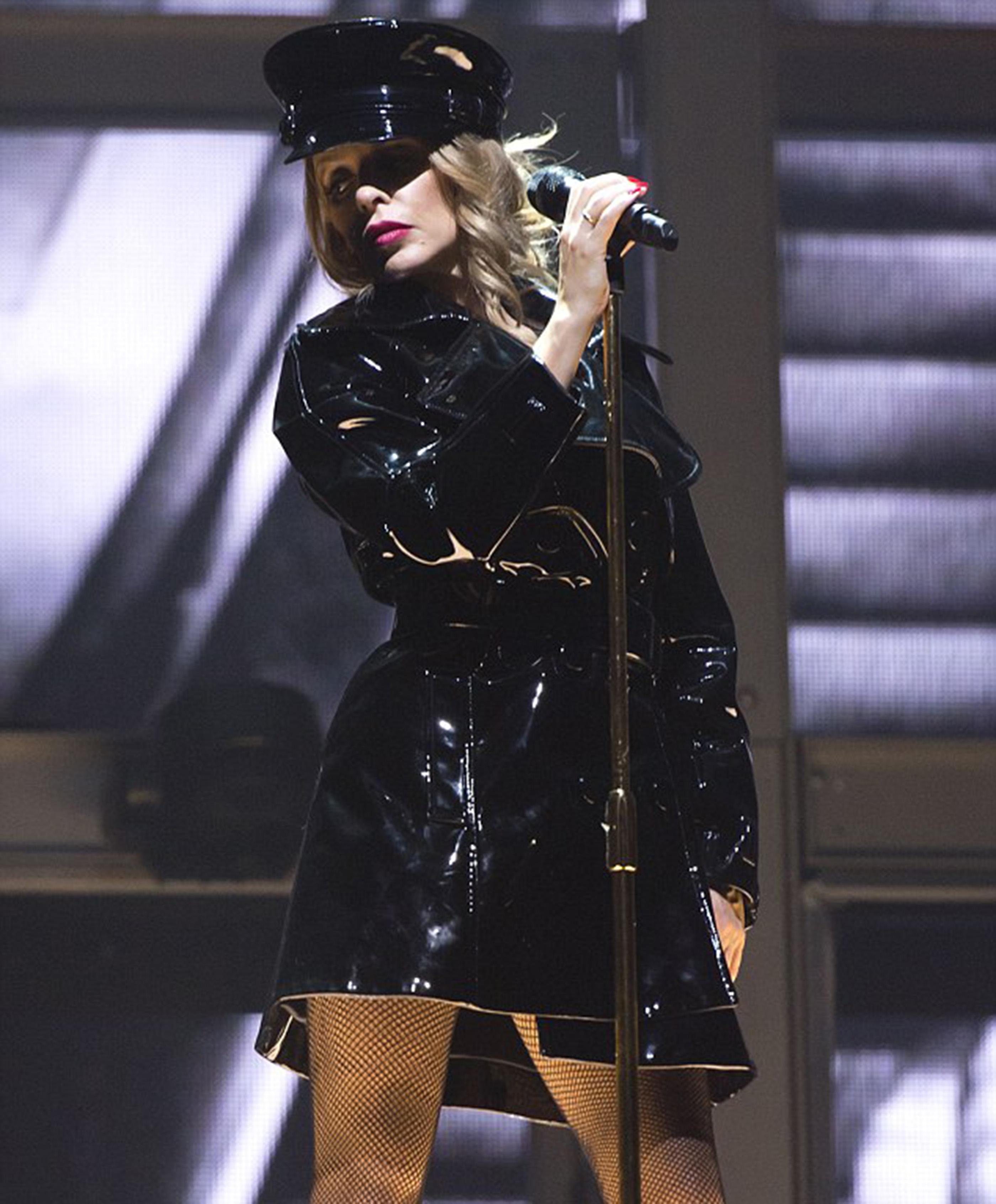 Kylie rockera en un momento del concierto